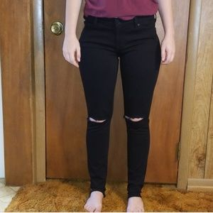7 for all mankind Skinny Black Jean's ripped knees